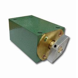 BAESE-magnet-1.jpg