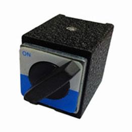 BAESE-magnet-2.jpg